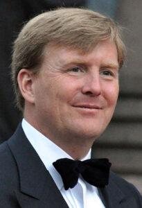 330px-Willem-Alexander_(Royal_Wedding_in_Stockholm,_2010)_cropped